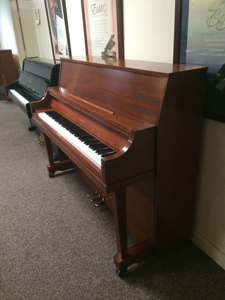 pre owned yamaha p22 upright used piano showroom dallas fort worth plano houston. Black Bedroom Furniture Sets. Home Design Ideas